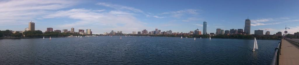 Panorámica de Boston desde Charles River