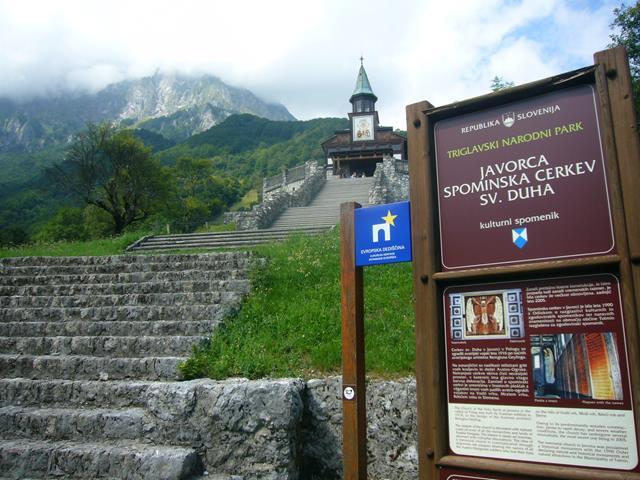 Iglesia de Javorca en Eslovenia