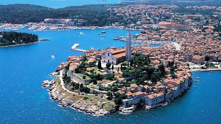 Relatos de viaje istria en croacia for Oficina de turismo de croacia en madrid